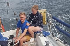 Rike und Hannes beim Segeln